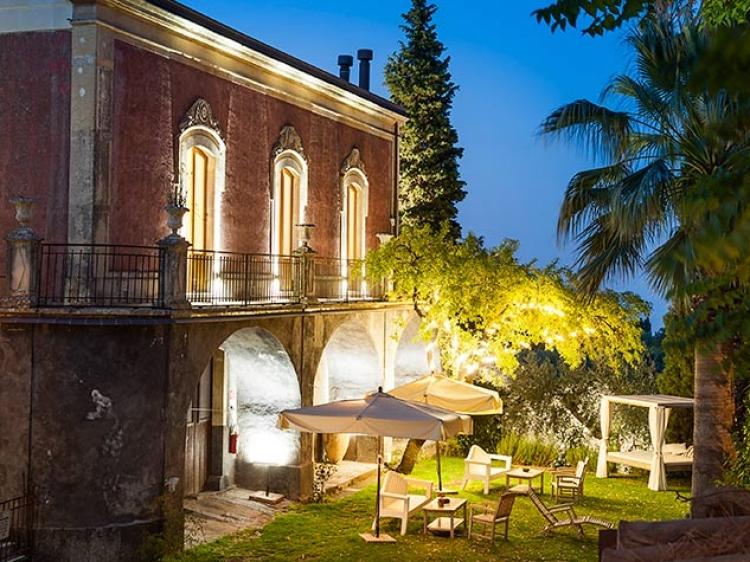 Monaci Delle Terre Nere hotel Sicily best hotel