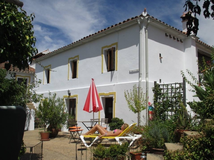 Casa Salto de Caballo hotel extremadura apartments for rent best