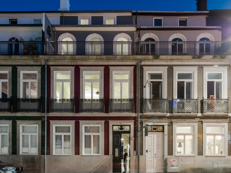 Baumhaus Serviced Apartments Porto Portugal luxurious