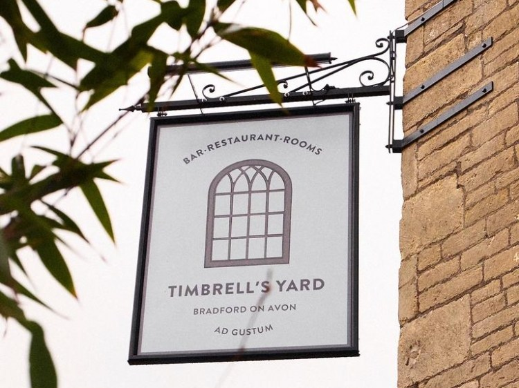 Timbrell's Yard Bradford on Avon hotel lodging boutique best cheap luxury unique trendy cool small