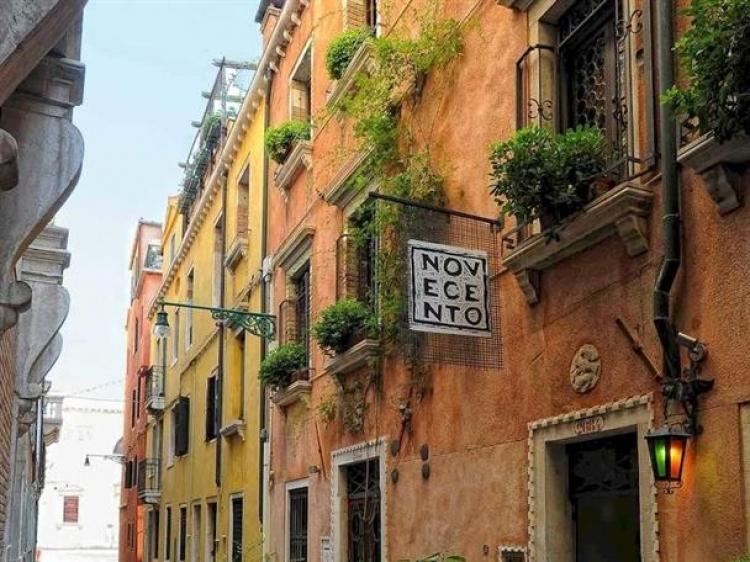 Novecento Hotel Venice boutique romantic
