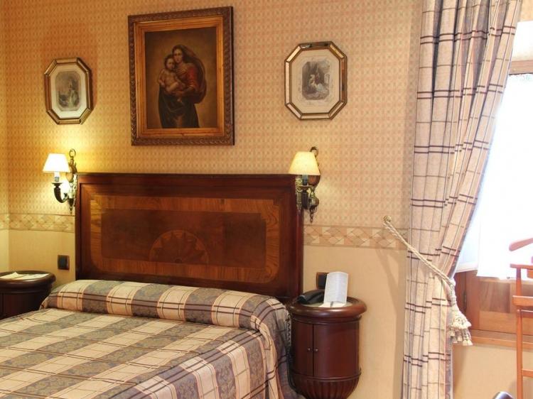 La llave de la Judería is in the old town of Córdoba