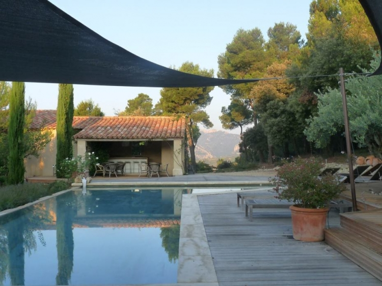 L'Aube Safran vaucluse best hotel charming hotel