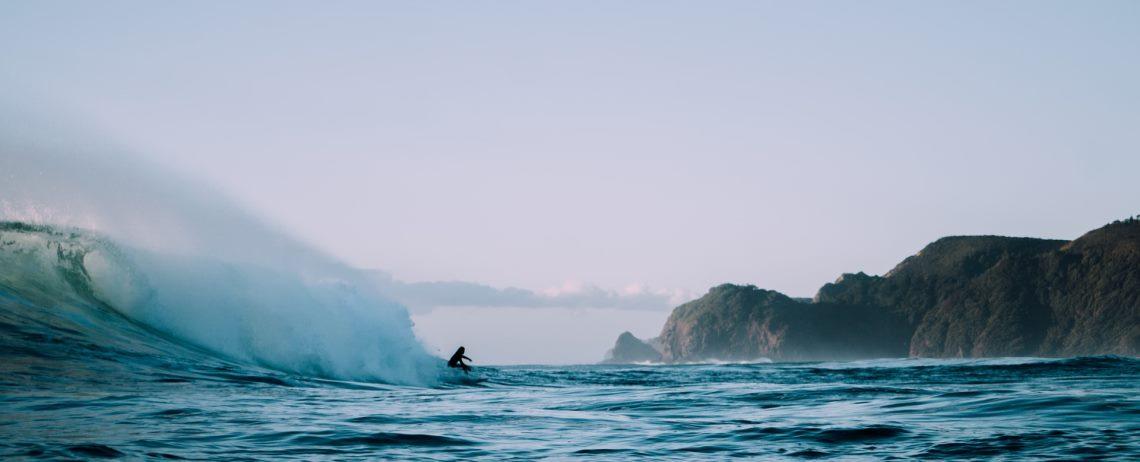 Surf e esportes aquáticos